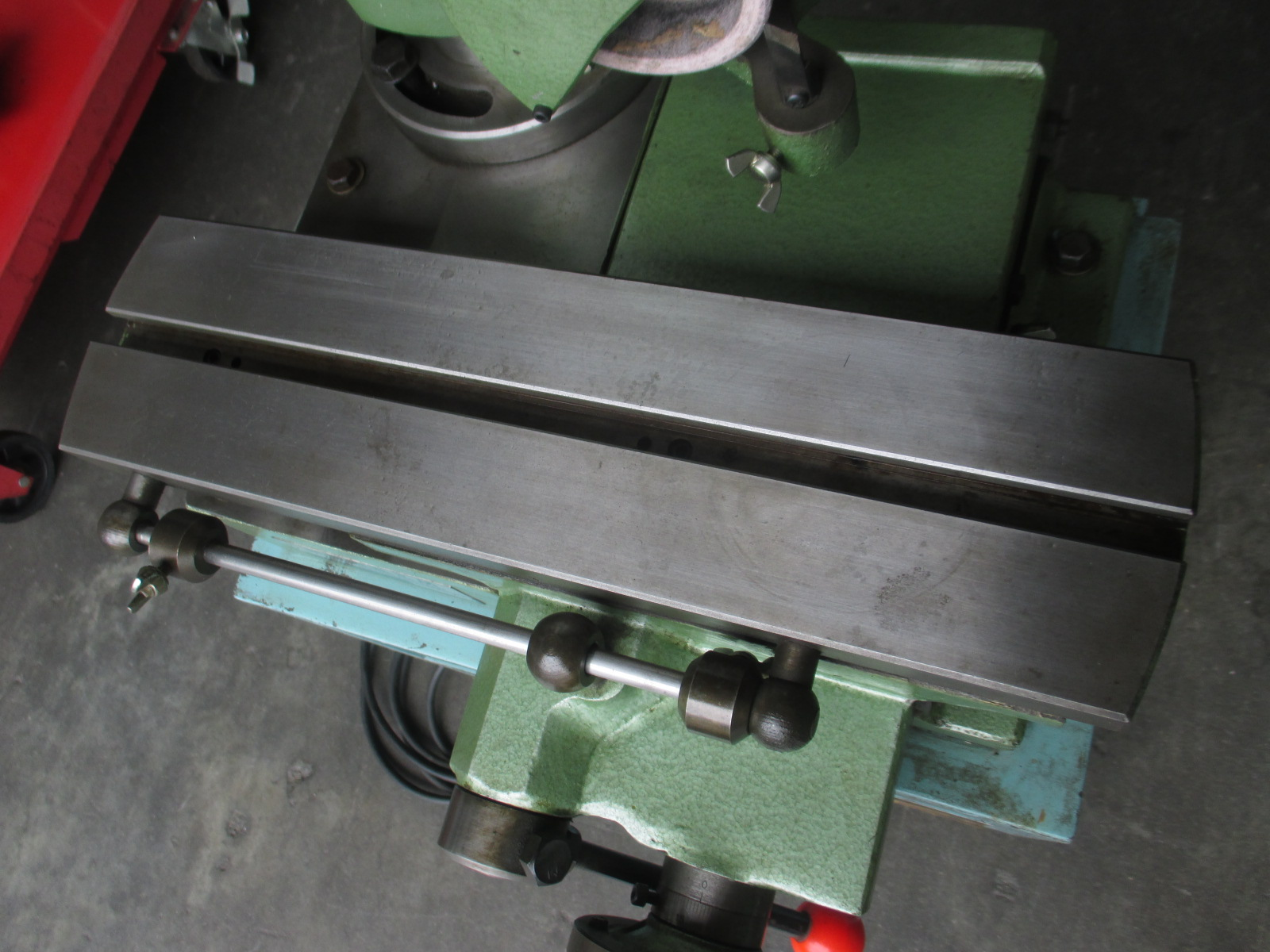 飯田鉄工所_GT-200FR_工具研磨機(工具研削盤)