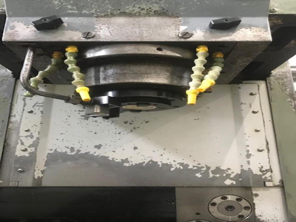 立型マシニングセンタ