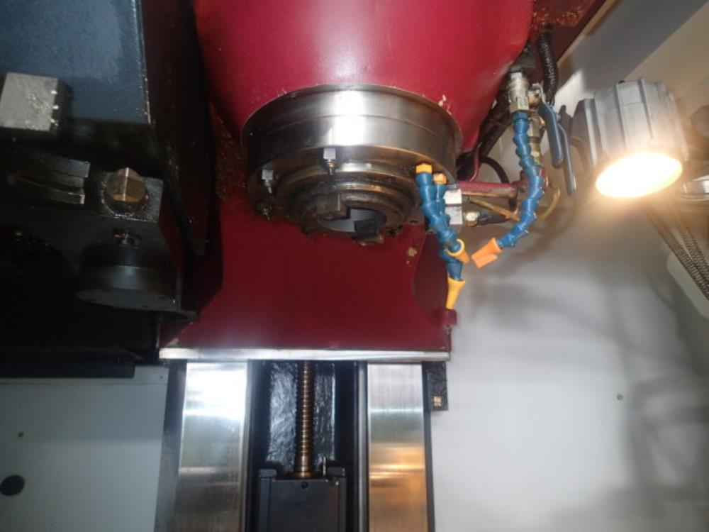 OKK_VM5III_立型マシニングセンタ