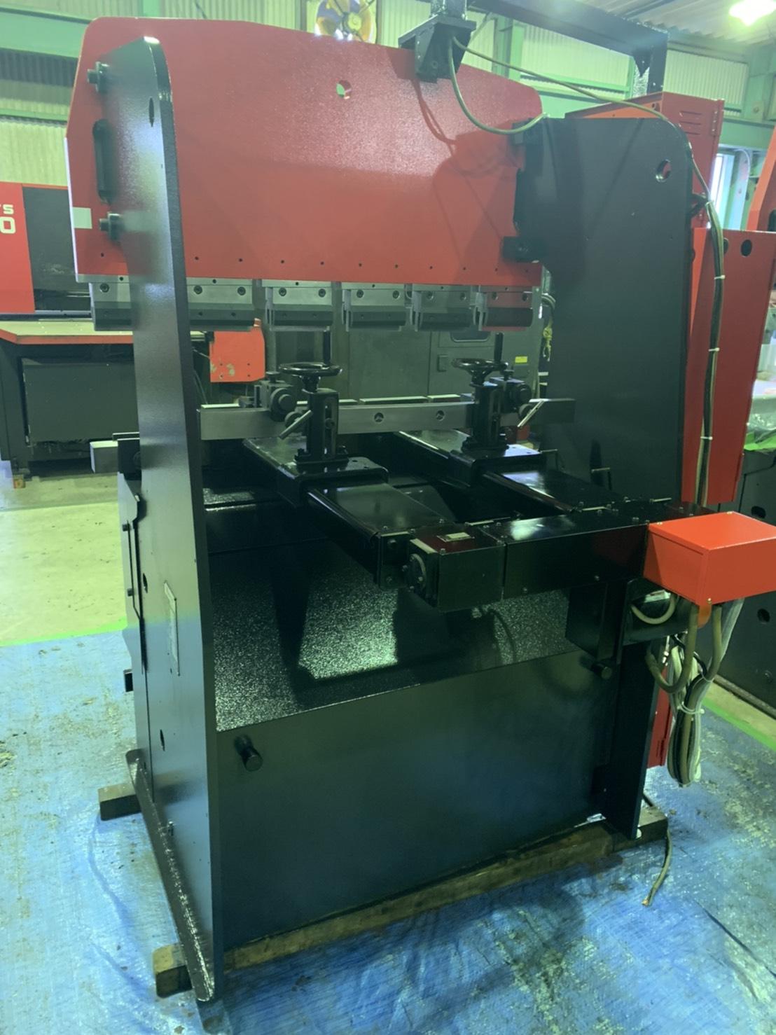 アマダ_RG-25_1200mm油圧ベンダー